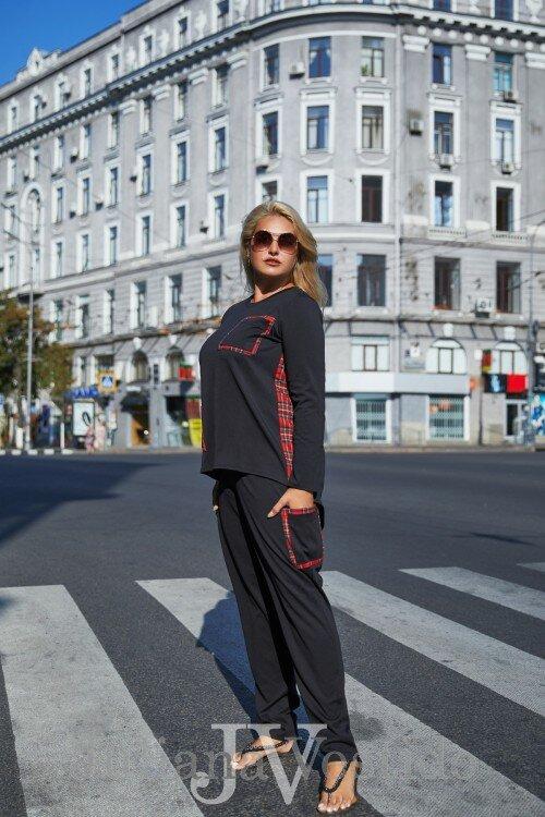 Черный костюм с красными вставками Веста арт.с1225 большое размер